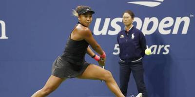 US Open-winnares Osaka maakt indruk in Tokio