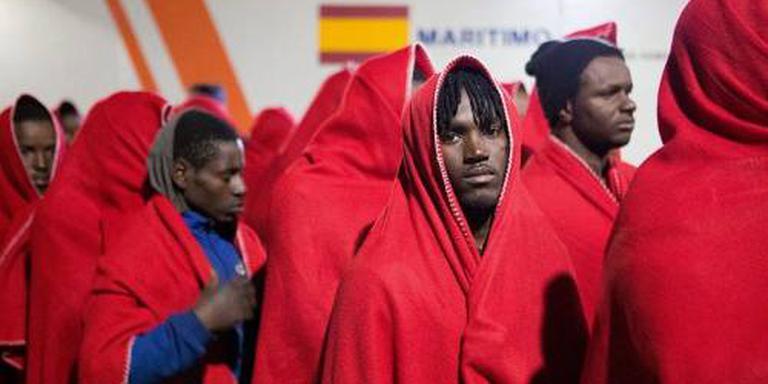 Ruim 1400 migranten voor kust Spanje opgehaald