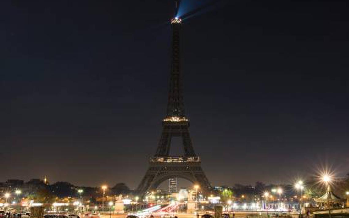 Parijs bouwt afzetting rond eiffeltoren buitenland - Landscaping parijs ...