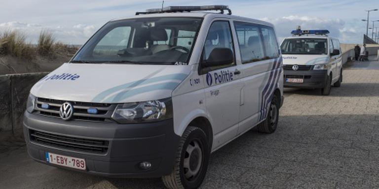 Belgen halen 16 vluchtelingen uit koelwagen