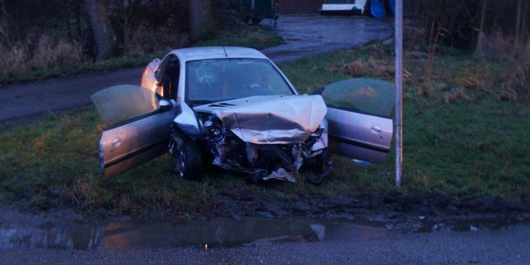 Vier gewonden bij auto-ongeluk in Groningen.