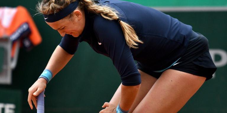 Knieblessure houdt Azarenka van Wimbledon