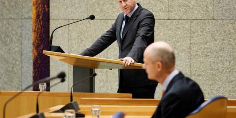 Kamer wil opheldering van minister Blok