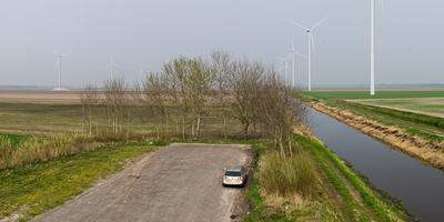 Het windpark gezien vanaf het monument 'Gebroken Lijn', waar maandag en dinsdag de test wordt uitgevoerd. Foto Windpark De Drentse Monden en Oostermoer.