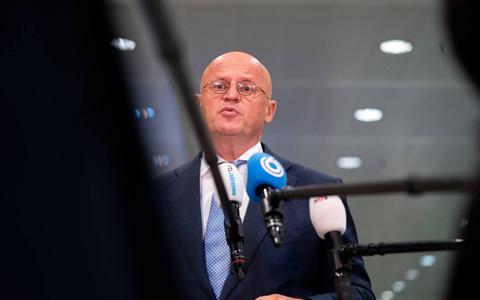 Minister Grapperhaus: Alle medewerkers van de politie krijgen eenmalige bonus van 300 euro