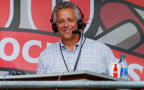 FOX-commentator moet vrezen voor baan in Cincinnati na verbale uitglijder (zoals Ron Jans eerder overkwam)