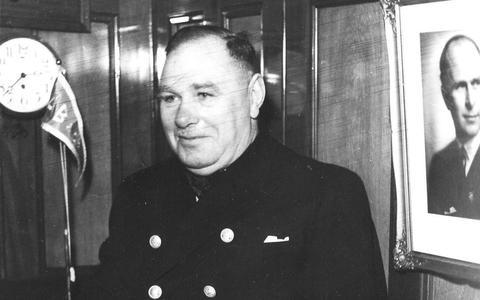 Kapitein Nils Vesterling van de Dagmar Bratt