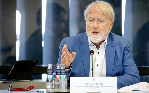 RIVM-directeur Van Dissel over kritiek op koers mondkapjes: 'Het is een andere fase, dan zijn er ook andere expertises nodig'