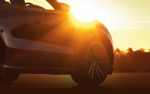 Waarom een in de zon geparkeerde auto na 20 minuten compleet corona-vrij is