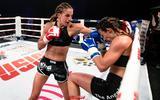 Sarèl de Jong behoudt haar wereldtitel kickboksen na taai gevecht: 'Ik begon veel te rustig'