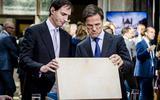 Bezuinigen na de coronacrisis: premier Rutte en minister Hoekstra hebben de opties al klaarliggen