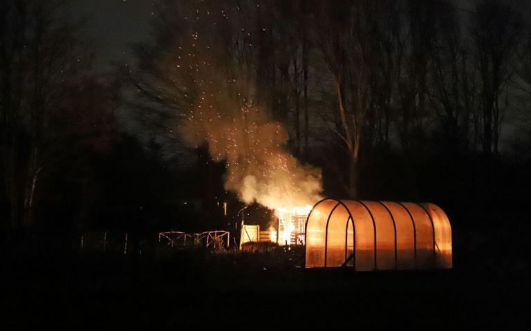 Schuur uitgebrand in Gorechtpark in Hoogezand
