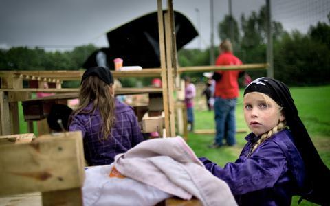 Corona zet streep door traditionele spelweken in Drenthe