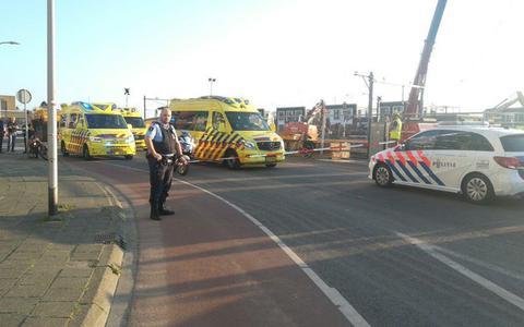Dronken man uit Coevorden op crossbrommer rijdt bij station in Coevorden drie voetgangers aan: Hun leven stond letterlijk na één klap volledig op de kop