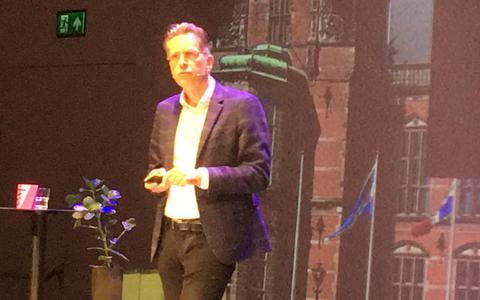 Harry Garretsen bij het Prinsjesdagdiner in het Groninger Forum.