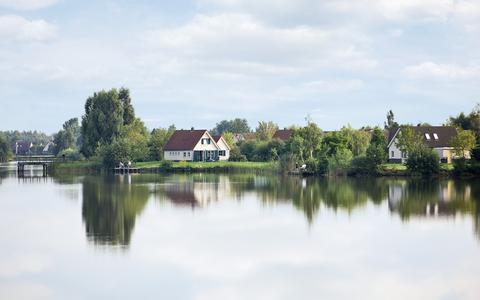 Parc Sandur Emmen bouwt 80 tot 100 luxe vakantiehuizen op nog onbebouwde eilanden