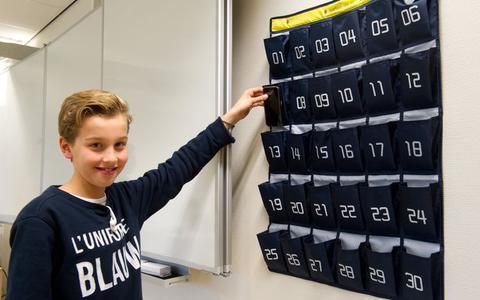 App CoronaMelder slaat op tilt door telefoontassen op school
