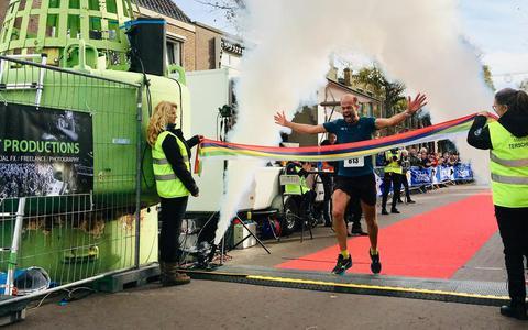 Paul Geertsma wint 'halve Berenloop' met overmacht