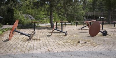 Vernielingen in oude dierentuin Emmen. FOTO FRANK JEURING