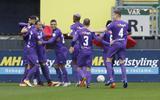 FC Groningen viert de 0-1 van Jörgen Strand Larsen in Sittard.