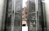 Tbs met dwang en voorwaarden voor overval tegenover hoofdbureau van politie in Groningen