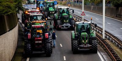 Boeren onderweg naar de actie op het Malieveld. Foto: ANP