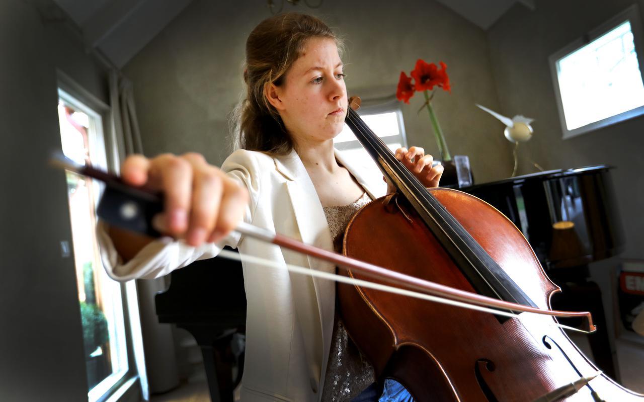 Celliste Mare Keja heeft de Drentse Talentprijs gewonnen.