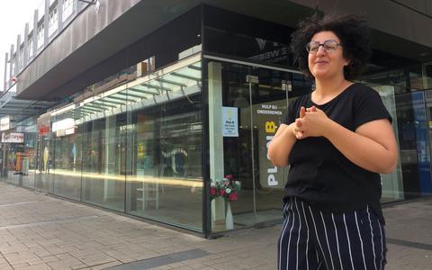 Azerbeidzjaanse journaliste verruilt pen voor pollepel in nieuw Emmer eetcafé