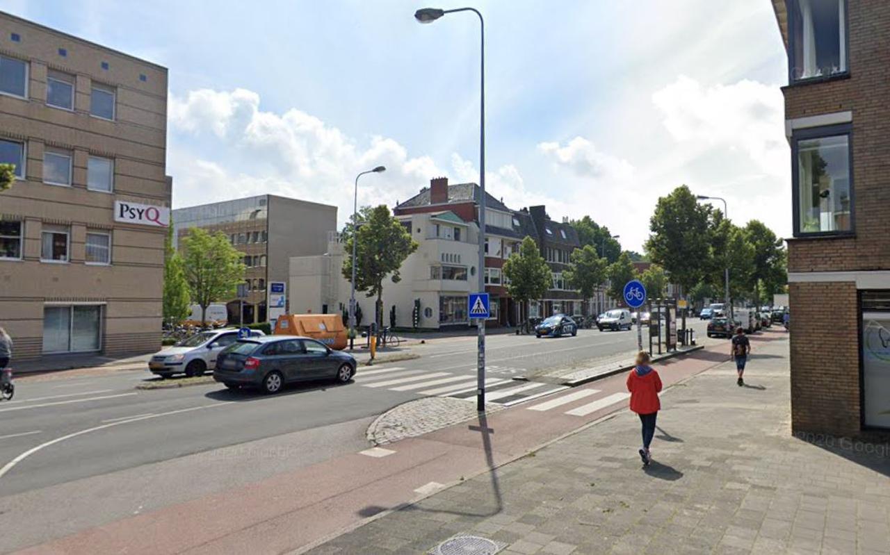 Het ongeluk gebeurde op een zebrapad op de Hereweg in Groningen, ter hoogte van de Vechtstraat.