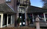 Herfst in de lente van hotel-restaurant Wesseling in Dwingeloo | binnen de deur