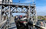 Groningers trekken in België en Frankrijk bekijks met 100 jaar oud binnenvaartschip Gudrun