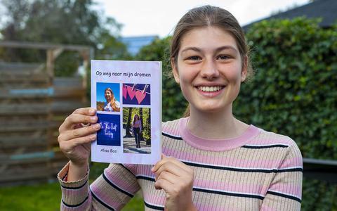 14-jarige Alisa uit Beilen heeft nu al een eigen dichtbundel