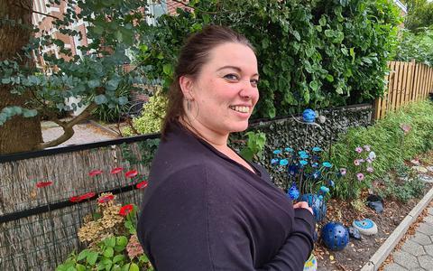 Glaskunstenaar Corine Deddens uit Winschoten.