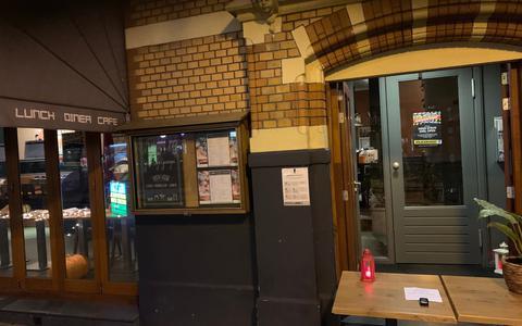 Binnen de deur: Stoven in de duisternis met gerechten van Touché in Assen en Grand Café Groningen