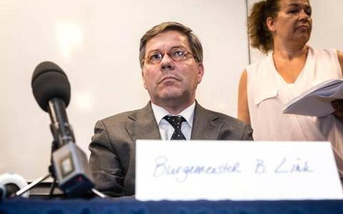 Berry Link (CDA) voorgedragen als nieuwe burgemeester van Veendam. Raad twijfelt niet aan integriteit ondanks rel in vorige gemeente Geldrop-Mierlo