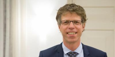 Burgemeester Ard van der Tuuk.