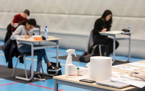 Het onderwijs na 11 mei: vaste looproutes, geen ouders bij school en zeeppompjes in elke klas