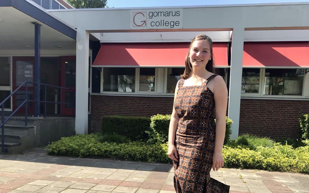 Sophie Steenhuis na haar laatste examen, Spaans.