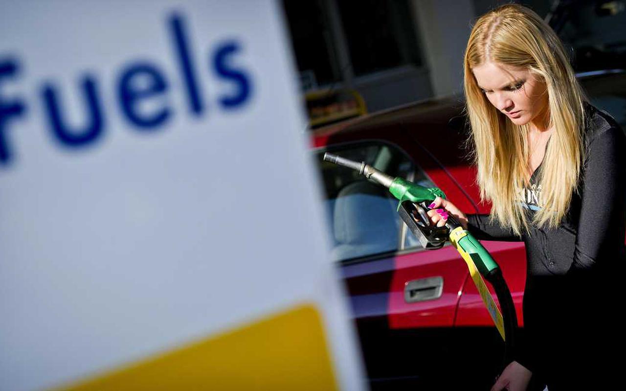 De adviesprijs die in Nederland gemiddeld telt is opgelopen tot meer dan 2 euro per liter.
