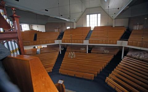Hersteld hervormde kerk in Staphorst hoopt op rust: 'Het negatieve beeld dat veel mensen van ons hebben, nemen wij niet weg'
