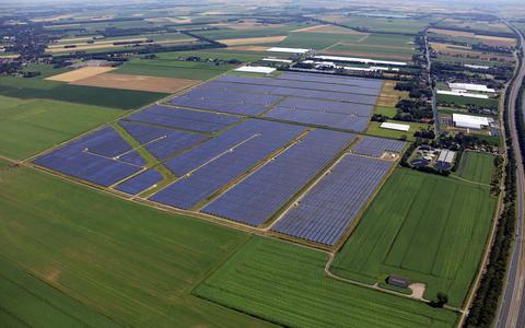 Meeden doet aftrap eigen zonnepark