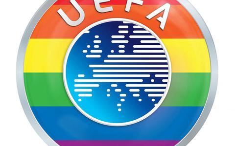 DVHN commentaar I Sport en politiek gaan moeizaam samen, blijkt weer tijdens het EK. Maar ze zitten hoe dan ook steeds meer in elkaars vaarwater, wat de UEFA ook beweert