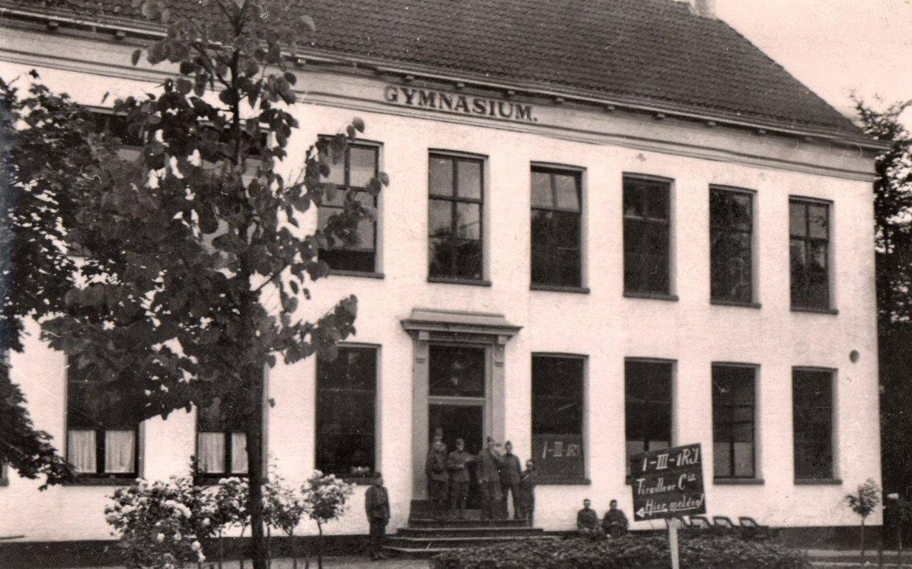Het gymnasium in Assen gold in 1940 als mobilisatiebureau.