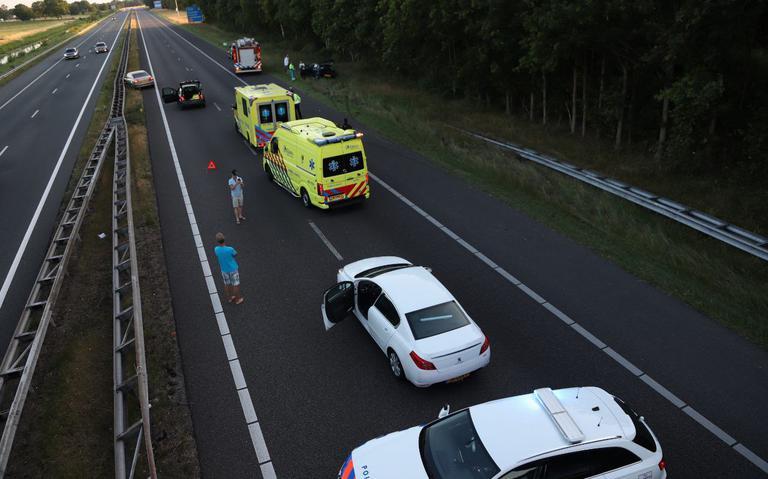 Drie kilometer file na ongeval Drachtstercompagnie, A7 richting Heerenveen volledig dicht.