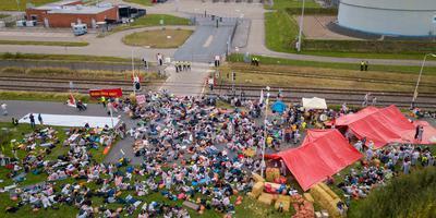 Het protestkamp bij de NAM-locatie in Farmsum in 2018