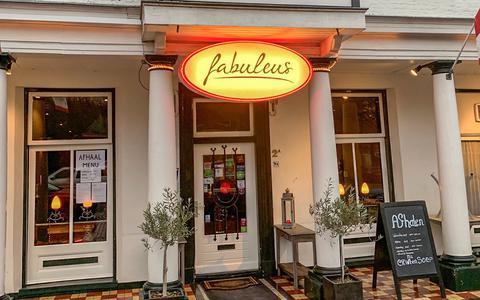 Mixen en matchen met Fabuleus in Zuidlaren en Tapas y Bodegas in Groningen   Binnen de deur