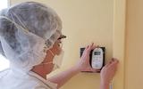 Philips en Bol.com doneren 3200 babyfoons aan ziekenhuizen voor contact met coronapatiënten
