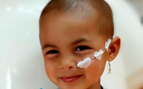 Geweldig nieuws! Behandeling 3-jarige Eva uit Assen slaat aan en ze is schoon verklaard van zeldzame botkanker