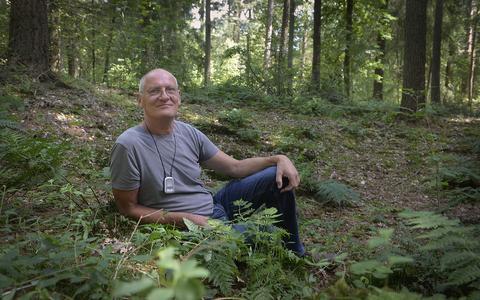 Tweede onderduikershol in bos bij Valthe fascineert onderzoeker en publiek: 'Ternauwernood ontkwamen ze aan de klopjacht van de nazi's'