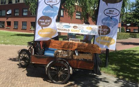 De bakfiets van Tynaarlo Goed Gehoord met koffie, thee en Red Bull.